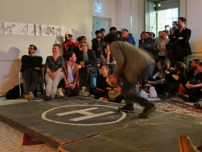 Spéléographies 2016: un second minuscule morceau de la performance de Quentin Faucompré et Gregaldur pour l'Armée Noire.